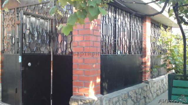 Дом в п.Виноградном - 1